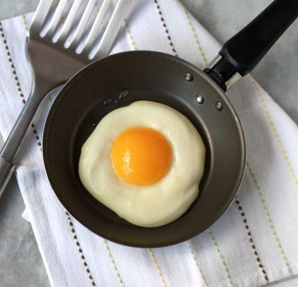 Ovos voltaram a ser considerados um alimento saudável. Consumo cresce no Brasil.