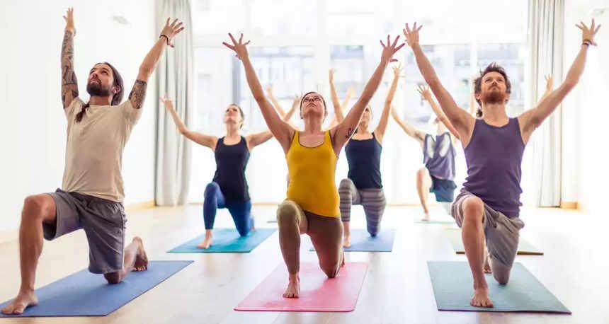 Yoga Em Canoas, Agora Ao Meio Dia