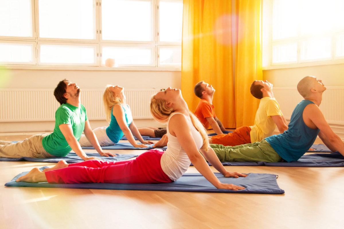 Aula experimental de Hatha Yoga em Canoas com Karen Gonçalves 7